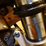 バイクのフロントフォークの寿命を格段に延ばす日常のメンテナンス~やり方~