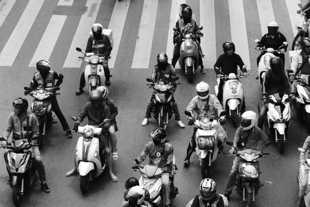 街乗り【大型バイクと中型バイクの違い】