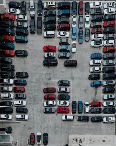 ひどい駐車場
