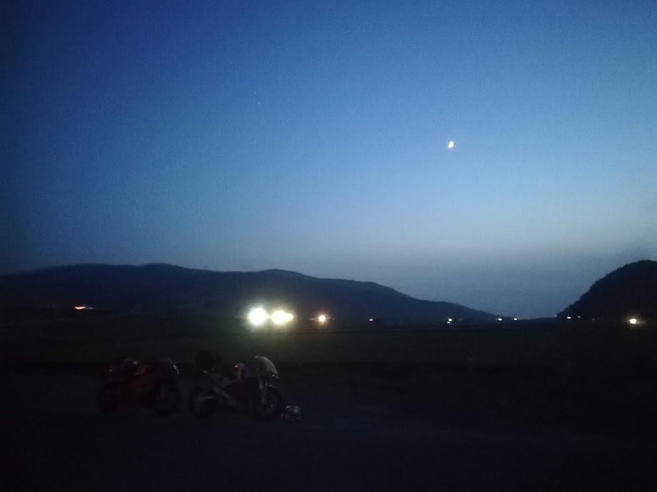 夜ツーリングの写真