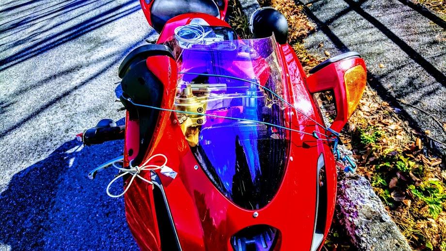 事故を起こした夫のバイク